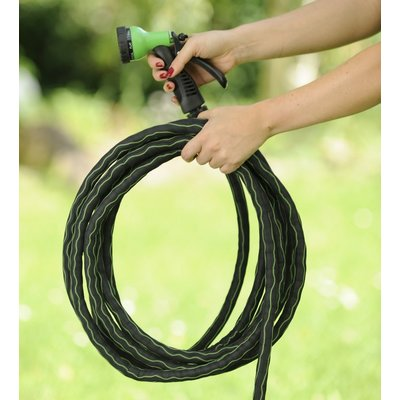 Flexibler Gartenschlauch MAGIC FleXx, 5 > 15 Meter, carbon/green, 8 in 1 Düse mit Feststellfunktion